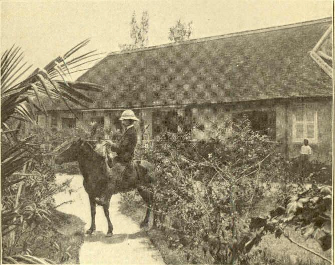 La maison de type colonial des Vassal